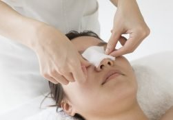 روش چسب زدن بینی